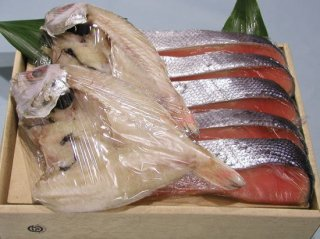 【チリ産】塩銀鮭(5切れ)とノドグロの干物セット