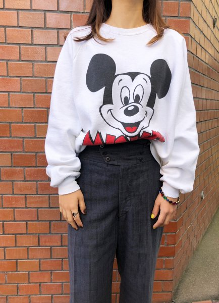 white Mickey Mouse sweat top