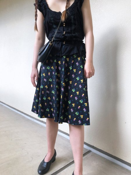 <img class='new_mark_img1' src='https://img.shop-pro.jp/img/new/icons14.gif' style='border:none;display:inline;margin:0px;padding:0px;width:auto;' />animal pattern flared skirt