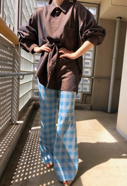 <img class='new_mark_img1' src='https://img.shop-pro.jp/img/new/icons14.gif' style='border:none;display:inline;margin:0px;padding:0px;width:auto;' />70's light blue polyester flared pants