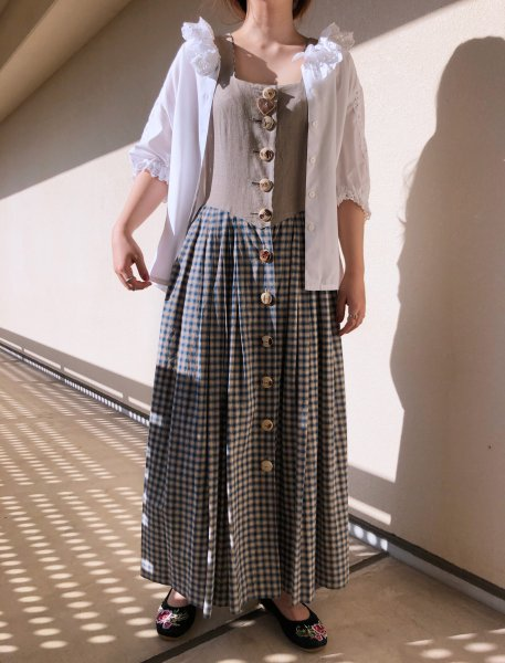 <img class='new_mark_img1' src='https://img.shop-pro.jp/img/new/icons14.gif' style='border:none;display:inline;margin:0px;padding:0px;width:auto;' />no sleeve blue check tyrol dress