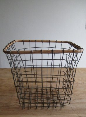 SLOW WIRE BASKET SQUARE