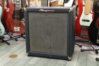 Ampeg B-50R ROCKET BASS