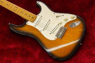Fender American Vintage 1957 Stratocaster 2TS 1993 3.56kg #V065548