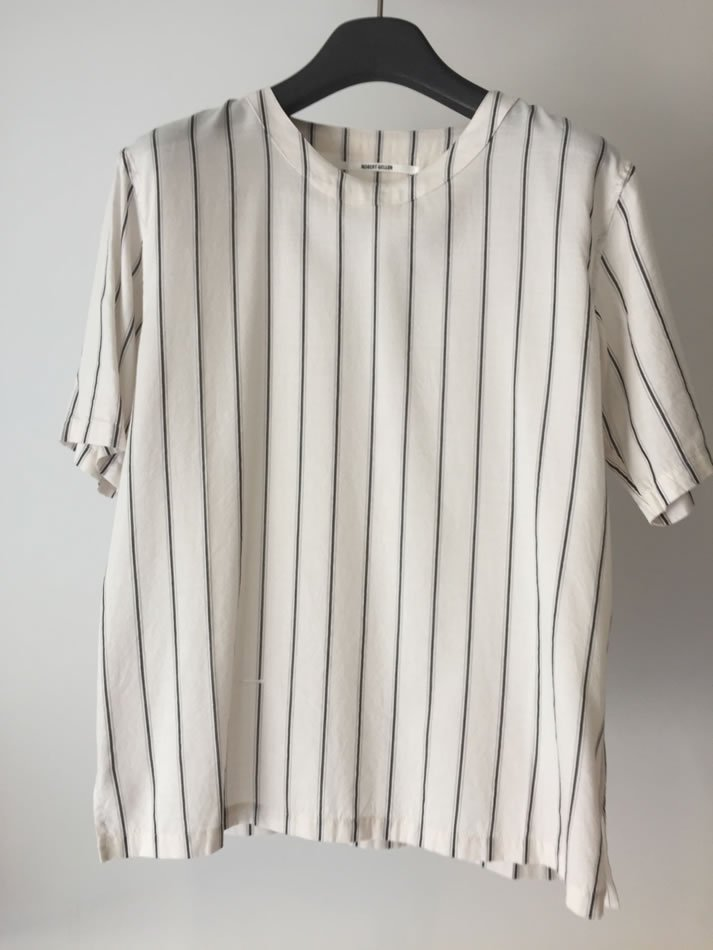 WASHED STRIPE SHIRT Off White<img class='new_mark_img2' src='//img.shop-pro.jp/img/new/icons47.gif' style='border:none;display:inline;margin:0px;padding:0px;width:auto;' />