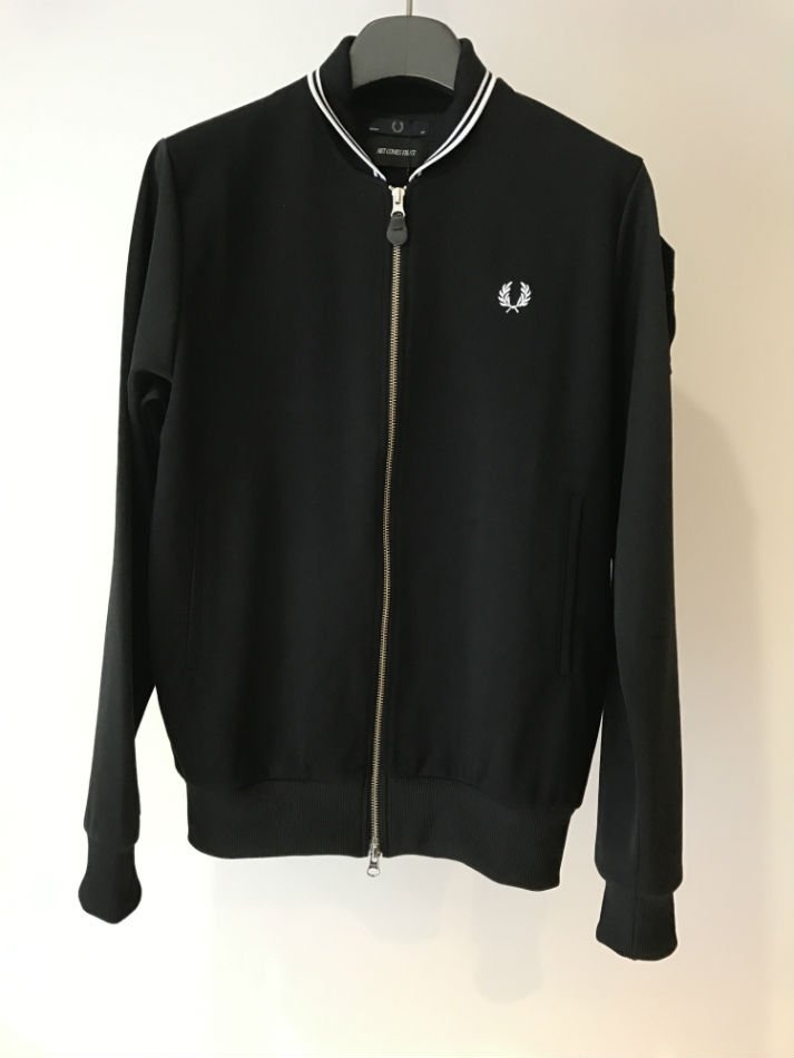 TWIN TIPPED TRACK JACKET<img class='new_mark_img2' src='//img.shop-pro.jp/img/new/icons47.gif' style='border:none;display:inline;margin:0px;padding:0px;width:auto;' />