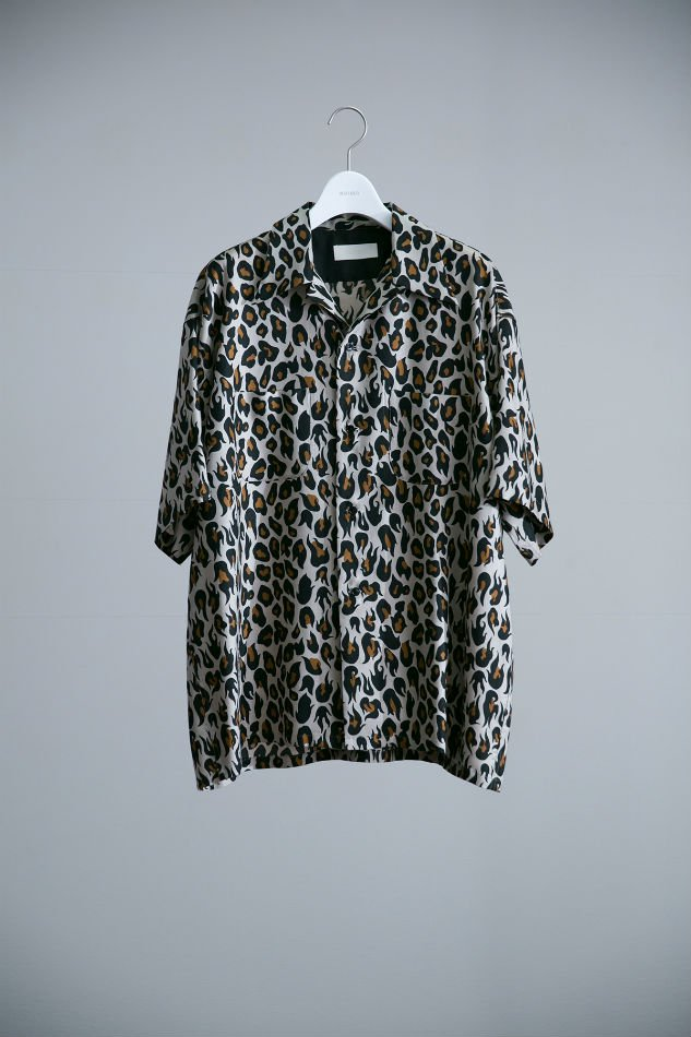 BREAKER SHIRT H/S VIOLENT LEOPARD CAMEL  <img class='new_mark_img2' src='//img.shop-pro.jp/img/new/icons14.gif' style='border:none;display:inline;margin:0px;padding:0px;width:auto;' />