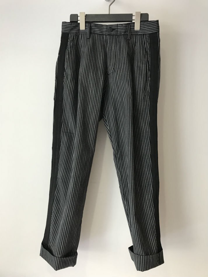REBEL-STRIPE TROUSER<img class='new_mark_img2' src='//img.shop-pro.jp/img/new/icons14.gif' style='border:none;display:inline;margin:0px;padding:0px;width:auto;' />