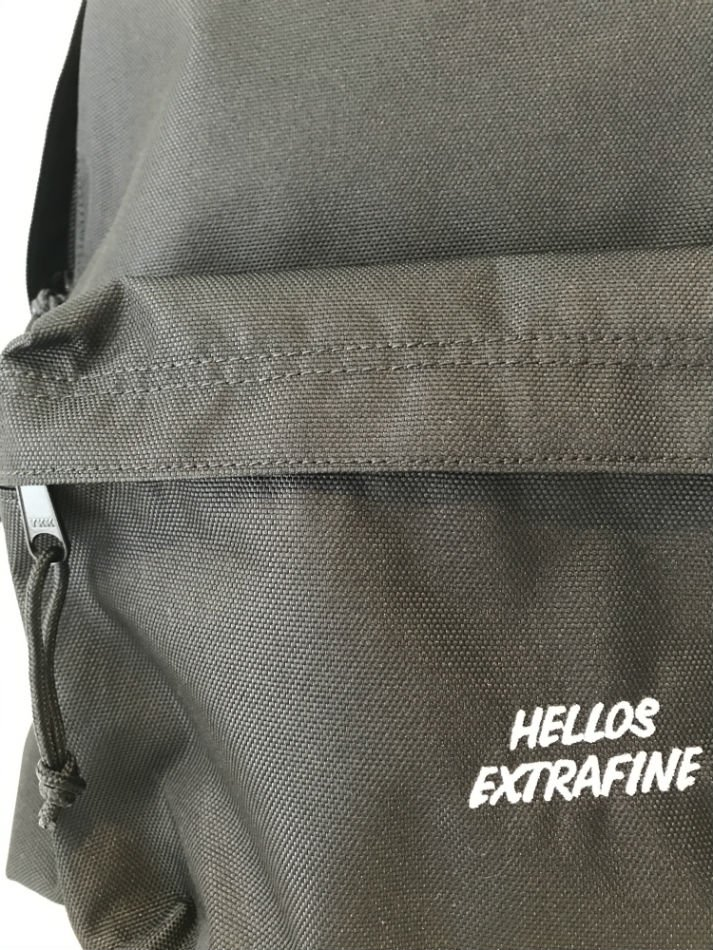 HELLOS EXTRAFINE<br />Logo day pack<img class='new_mark_img2' src='//img.shop-pro.jp/img/new/icons14.gif' style='border:none;display:inline;margin:0px;padding:0px;width:auto;' />