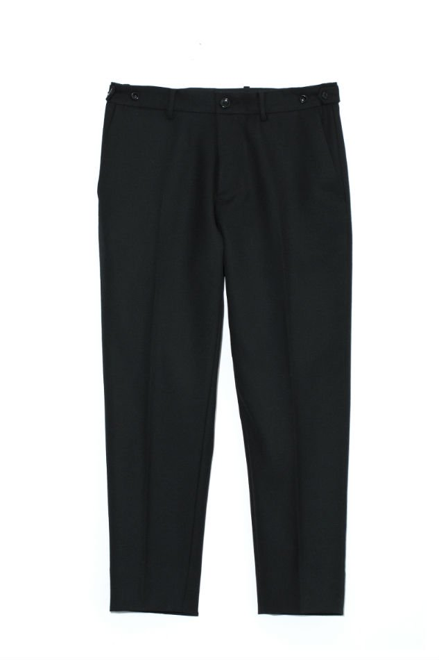 HELLOS EXTRAFINE<br />Utility travel trouser<img class='new_mark_img2' src='//img.shop-pro.jp/img/new/icons14.gif' style='border:none;display:inline;margin:0px;padding:0px;width:auto;' />