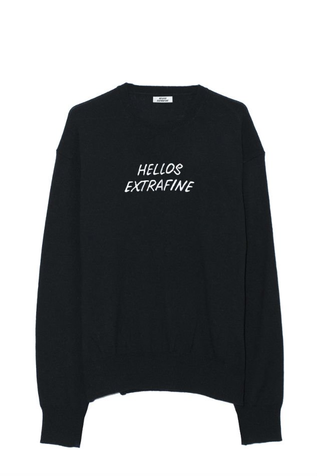 HELLOS EXTRAFINE<br />Logo crew neck sweater<img class='new_mark_img2' src='//img.shop-pro.jp/img/new/icons14.gif' style='border:none;display:inline;margin:0px;padding:0px;width:auto;' />