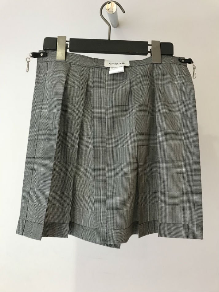 ANTHOLOGIE<br />KILTED SKIRT<img class='new_mark_img2' src='//img.shop-pro.jp/img/new/icons47.gif' style='border:none;display:inline;margin:0px;padding:0px;width:auto;' />