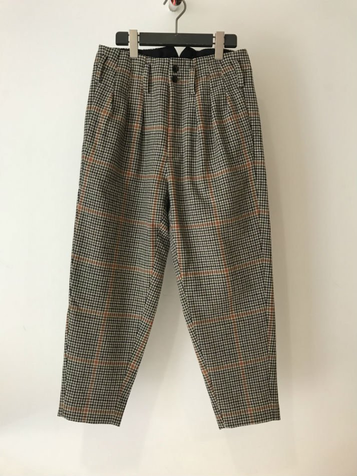 JieDa<br />HOUND'S TOOTH TUCK SLACKS<img class='new_mark_img2' src='//img.shop-pro.jp/img/new/icons47.gif' style='border:none;display:inline;margin:0px;padding:0px;width:auto;' />