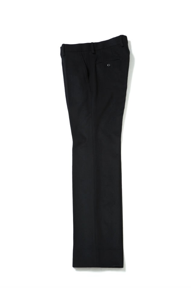 soe<br />Wool Flare Straight Pants BLACK<img class='new_mark_img2' src='//img.shop-pro.jp/img/new/icons47.gif' style='border:none;display:inline;margin:0px;padding:0px;width:auto;' />