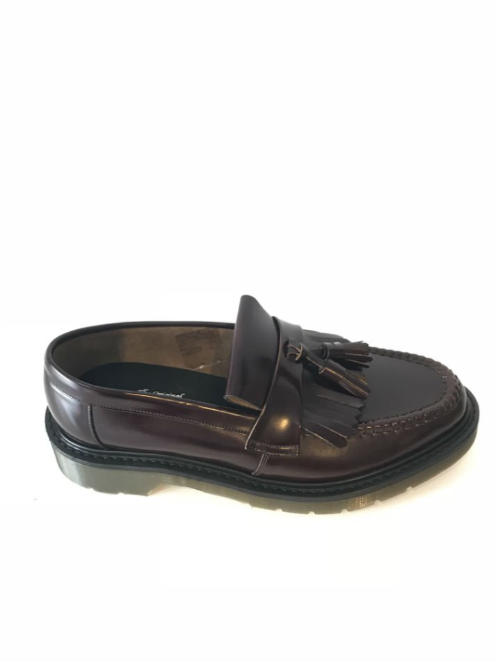 Loake<br />Tassel Loafer Oxblood <img class='new_mark_img2' src='https://img.shop-pro.jp/img/new/icons47.gif' style='border:none;display:inline;margin:0px;padding:0px;width:auto;' />