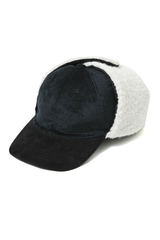 soe<br />Ear Warm Velvet Cap BLACK<img class='new_mark_img2' src='//img.shop-pro.jp/img/new/icons47.gif' style='border:none;display:inline;margin:0px;padding:0px;width:auto;' />