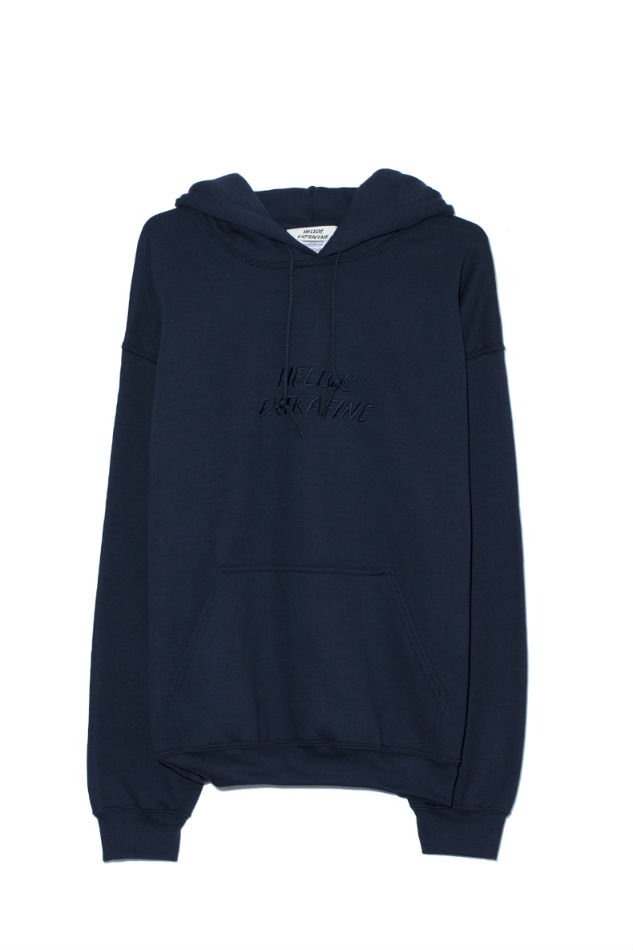 HELLOS EXTRAFINE<br />Logo hooded sweatshirt Navy<img class='new_mark_img2' src='//img.shop-pro.jp/img/new/icons47.gif' style='border:none;display:inline;margin:0px;padding:0px;width:auto;' />