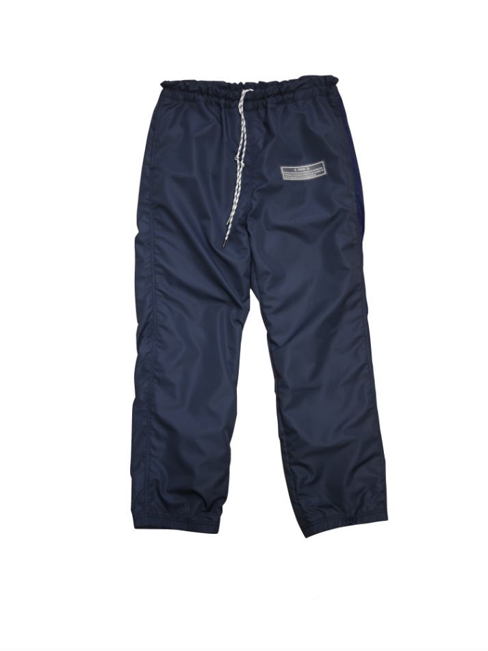 JieDa<br />SWITCH NYLON PANTS NAVY<img class='new_mark_img2' src='//img.shop-pro.jp/img/new/icons14.gif' style='border:none;display:inline;margin:0px;padding:0px;width:auto;' />