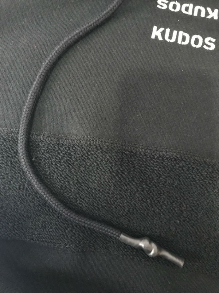 kudos<br />KUDOS KUDOS HOODIE BLACK<img class='new_mark_img2' src='//img.shop-pro.jp/img/new/icons47.gif' style='border:none;display:inline;margin:0px;padding:0px;width:auto;' />