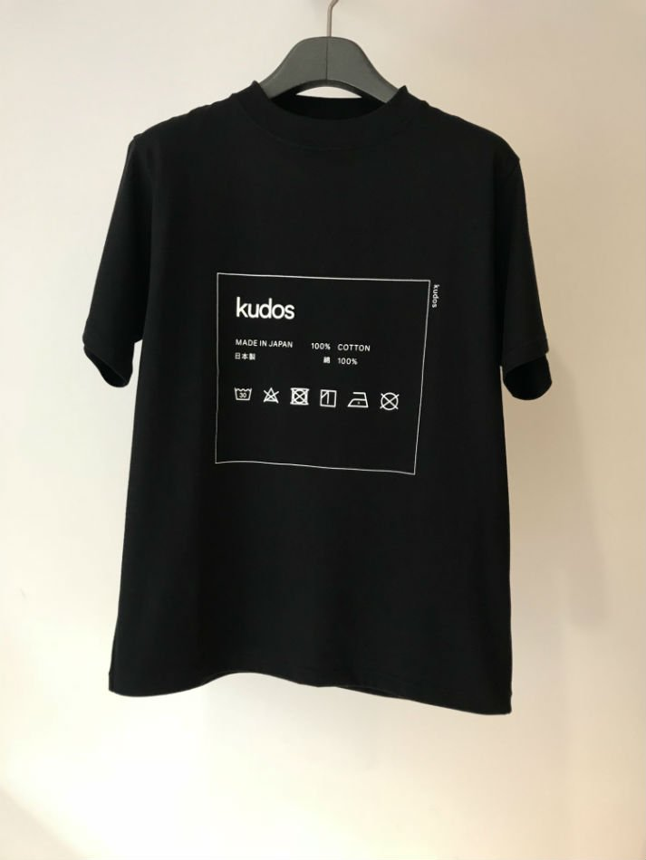 kudos<br />CARE-TAG T-SHIRT BLACK <img class='new_mark_img2' src='//img.shop-pro.jp/img/new/icons55.gif' style='border:none;display:inline;margin:0px;padding:0px;width:auto;' />