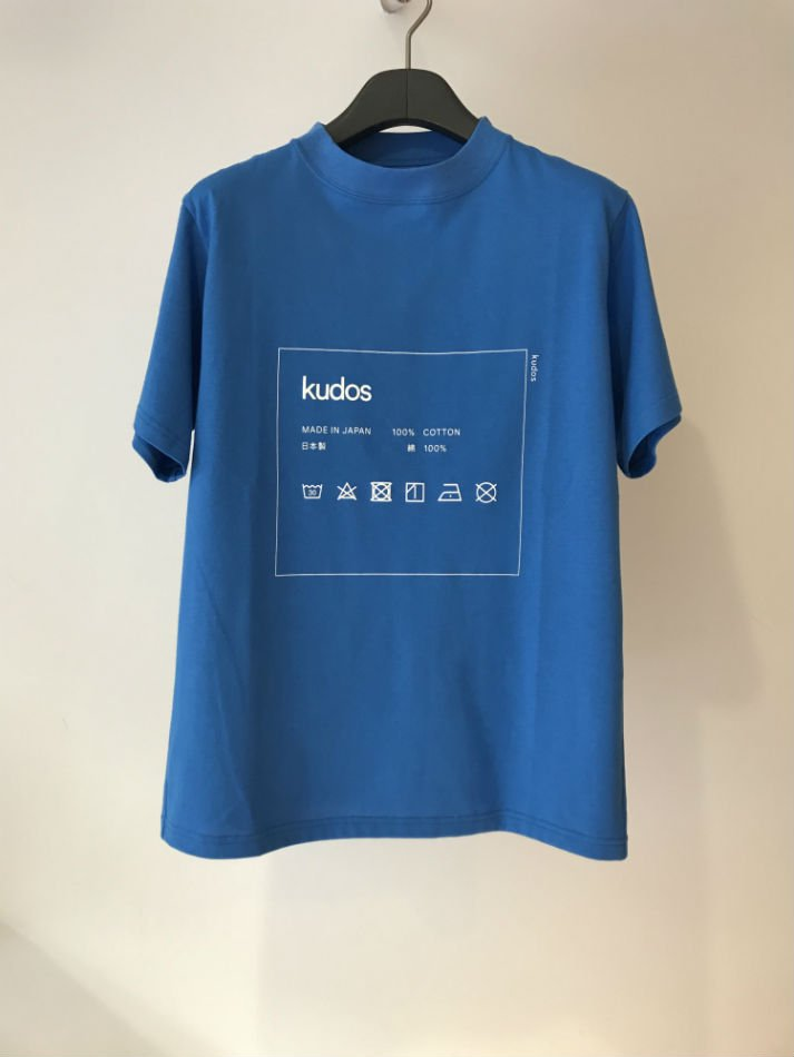 kudos<br />CARE-TAG T-SHIRT BLUE <img class='new_mark_img2' src='//img.shop-pro.jp/img/new/icons47.gif' style='border:none;display:inline;margin:0px;padding:0px;width:auto;' />