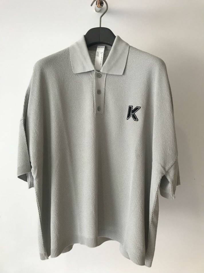 KAIKO<br />[50%off] LARGER POLO SHIRT L.GRAY<img class='new_mark_img2' src='https://img.shop-pro.jp/img/new/icons20.gif' style='border:none;display:inline;margin:0px;padding:0px;width:auto;' />