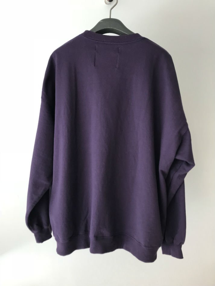 DAIRIKU<br />END ROLL Vintage Wash Sweater Purple<img class='new_mark_img2' src='//img.shop-pro.jp/img/new/icons14.gif' style='border:none;display:inline;margin:0px;padding:0px;width:auto;' />