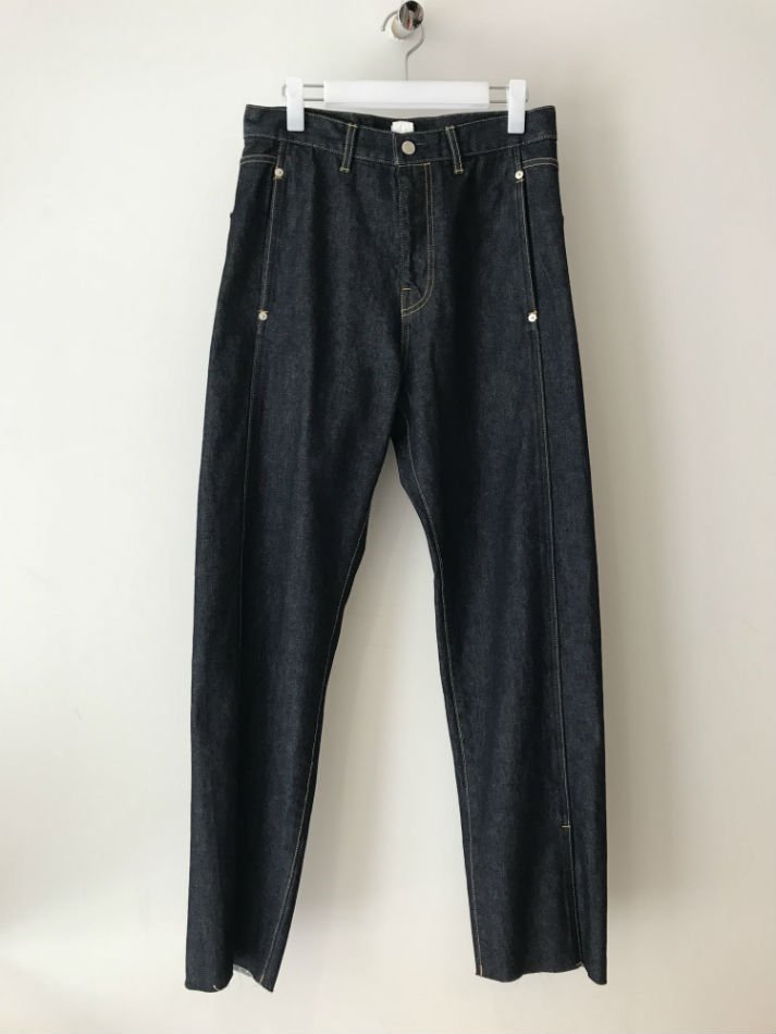 KAIKO<br />[30%off] BUG DENIM PANT ONE WASH BLU<img class='new_mark_img2' src='https://img.shop-pro.jp/img/new/icons20.gif' style='border:none;display:inline;margin:0px;padding:0px;width:auto;' />