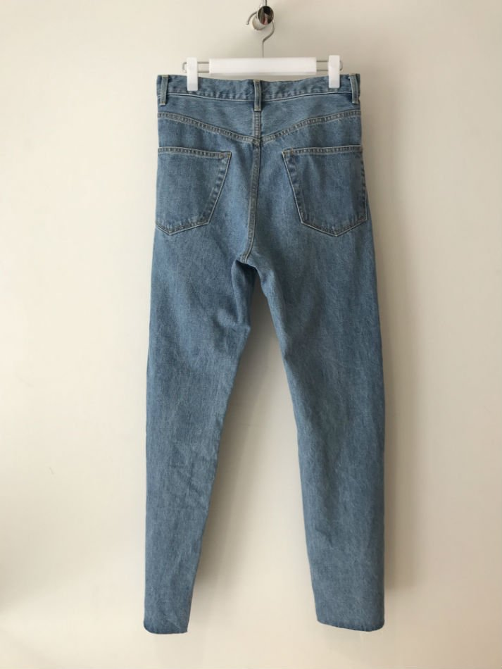 KAIKO<br />[30%off] BUG DENIM PANT FULL WASH BLU<img class='new_mark_img2' src='https://img.shop-pro.jp/img/new/icons20.gif' style='border:none;display:inline;margin:0px;padding:0px;width:auto;' />
