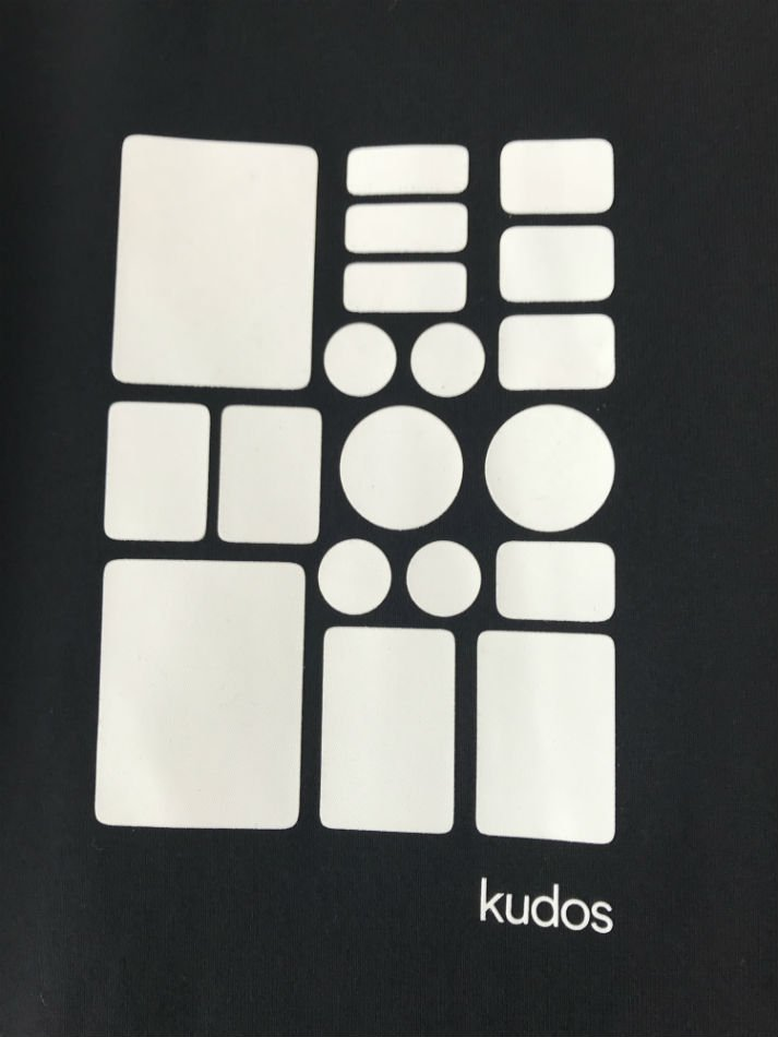 kudos<br />KUDOS FOUND T-SHIRT BLACK<img class='new_mark_img2' src='//img.shop-pro.jp/img/new/icons47.gif' style='border:none;display:inline;margin:0px;padding:0px;width:auto;' />