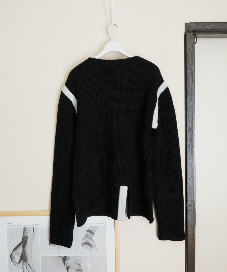 kudos<br />LINED KNIT SWEATER BLACK<img class='new_mark_img2' src='//img.shop-pro.jp/img/new/icons14.gif' style='border:none;display:inline;margin:0px;padding:0px;width:auto;' />
