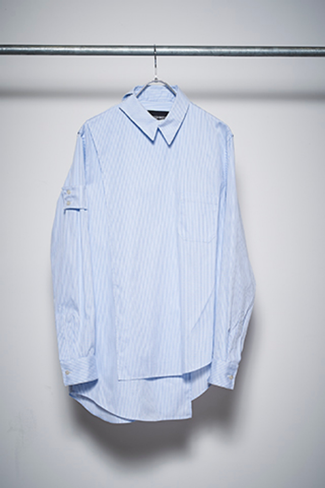 YUKI HASHIMOTO<br />CROSSOVER LONG SLEEVE OFFICER SHIRTS / BLUE<img class='new_mark_img2' src='//img.shop-pro.jp/img/new/icons47.gif' style='border:none;display:inline;margin:0px;padding:0px;width:auto;' />