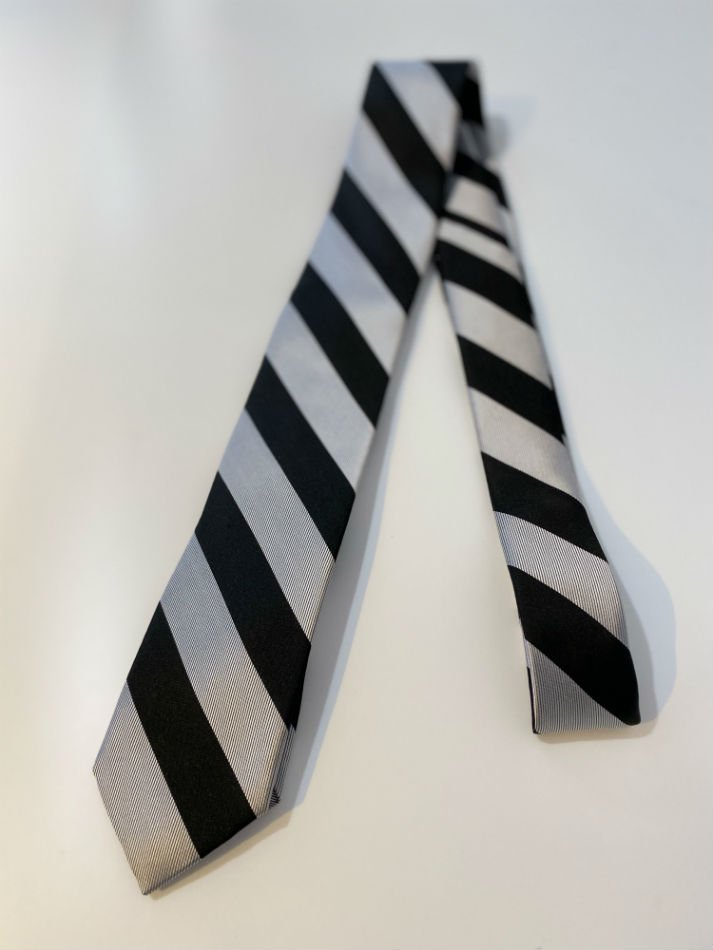 LITTLEBIG<br />Stripe Silk Tie / White<img class='new_mark_img2' src='//img.shop-pro.jp/img/new/icons47.gif' style='border:none;display:inline;margin:0px;padding:0px;width:auto;' />