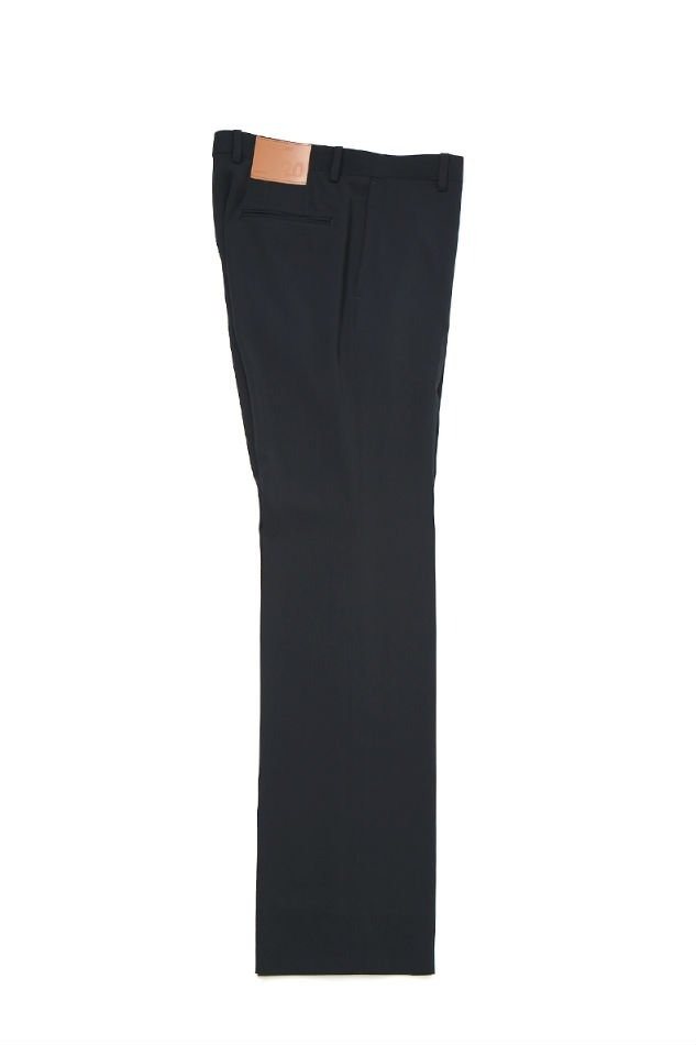 soe<br />Saddleman Slacks Straight Flare Fit / BLACK<img class='new_mark_img2' src='https://img.shop-pro.jp/img/new/icons47.gif' style='border:none;display:inline;margin:0px;padding:0px;width:auto;' />