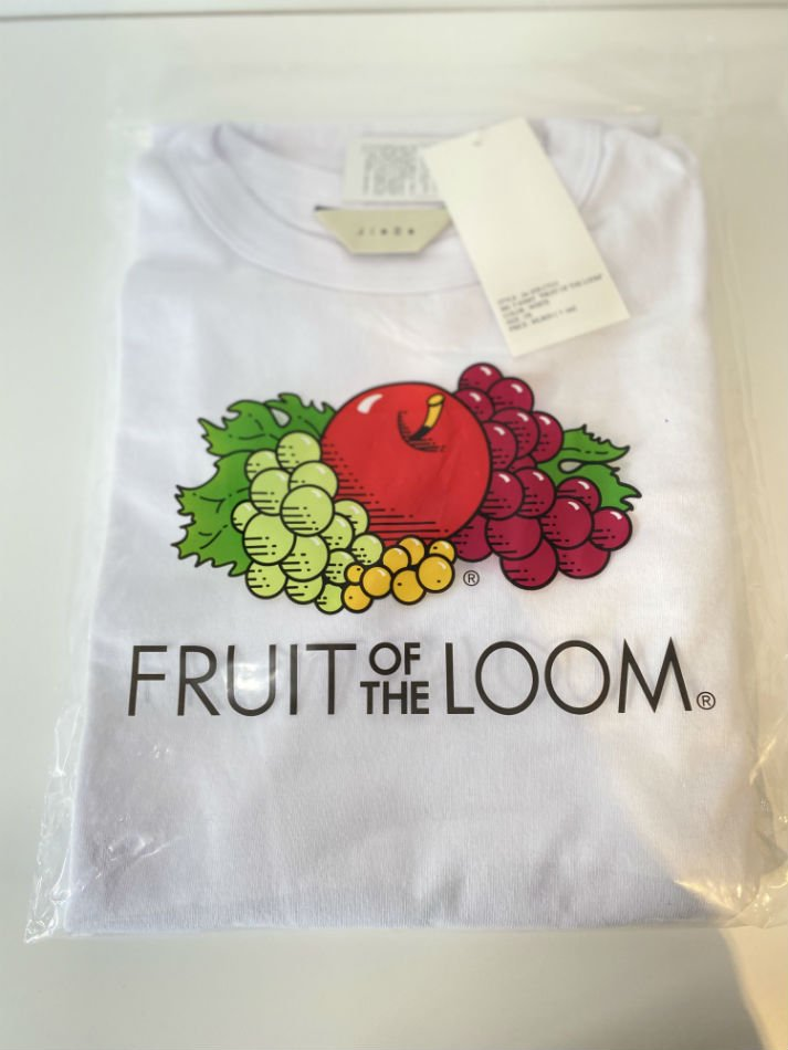 JieDa<br />BIG T-SHIRT FRUIT OF THE ROOM / WHITE <img class='new_mark_img2' src='//img.shop-pro.jp/img/new/icons14.gif' style='border:none;display:inline;margin:0px;padding:0px;width:auto;' />