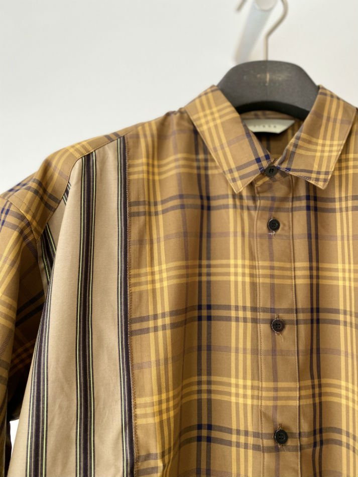 JieDa<br />[30%off] ASYMMETRY S/S SHIRT / CAMEL <img class='new_mark_img2' src='https://img.shop-pro.jp/img/new/icons20.gif' style='border:none;display:inline;margin:0px;padding:0px;width:auto;' />