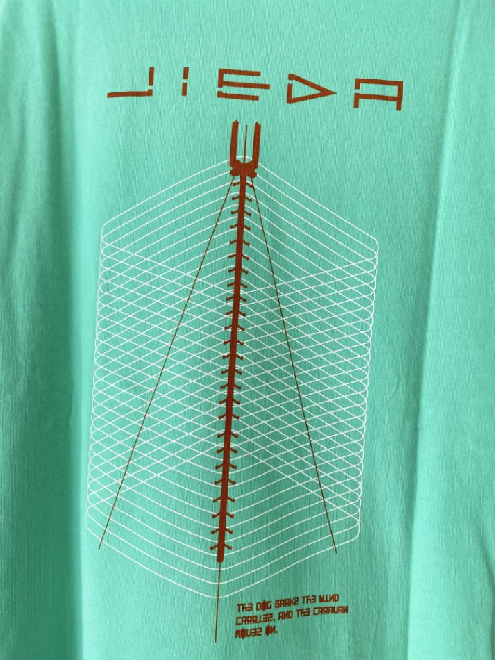 JieDa<br />GEOMETRIC BIG PRINT T-SHIRT / MINT <img class='new_mark_img2' src='//img.shop-pro.jp/img/new/icons14.gif' style='border:none;display:inline;margin:0px;padding:0px;width:auto;' />