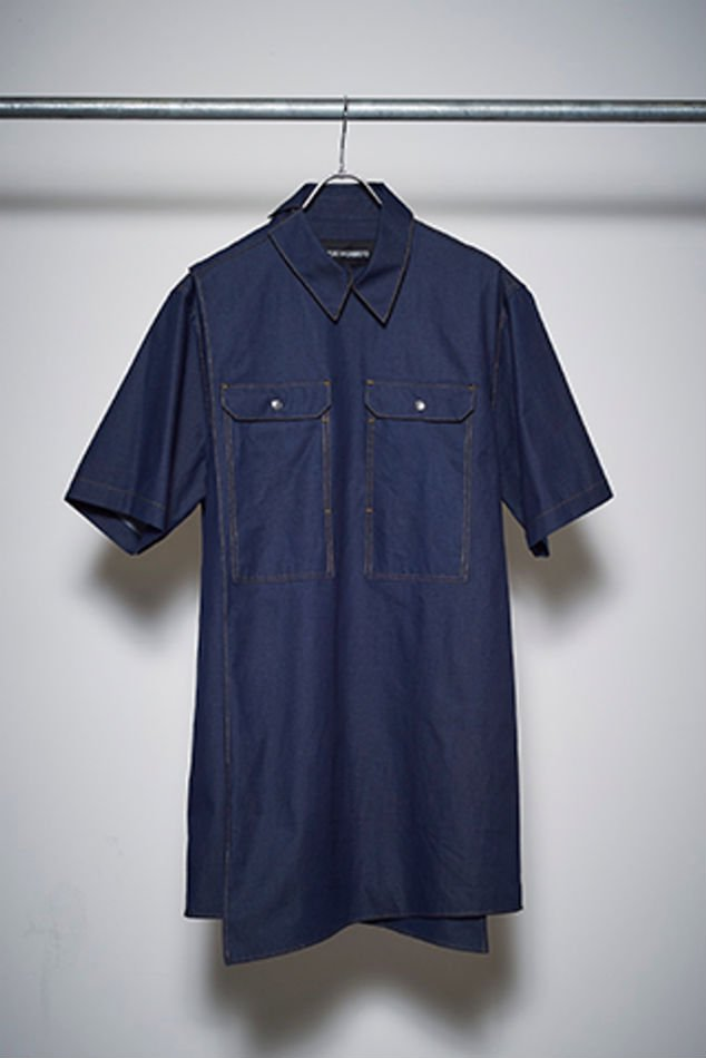 YUKI HASHIMOTO<br />[30%off] DENIM CROSSOVER SHORT SLEEVE SHIRTS / INDIGO<img class='new_mark_img2' src='https://img.shop-pro.jp/img/new/icons20.gif' style='border:none;display:inline;margin:0px;padding:0px;width:auto;' />