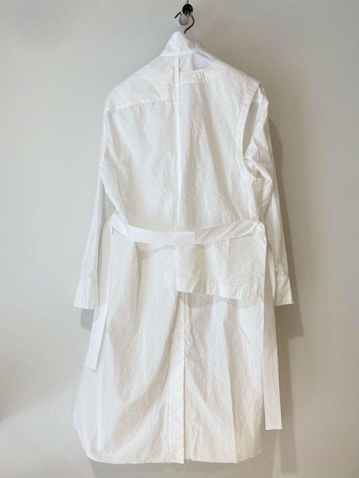 KHOKI<br />Electic shirt vest / White<img class='new_mark_img2' src='https://img.shop-pro.jp/img/new/icons47.gif' style='border:none;display:inline;margin:0px;padding:0px;width:auto;' />