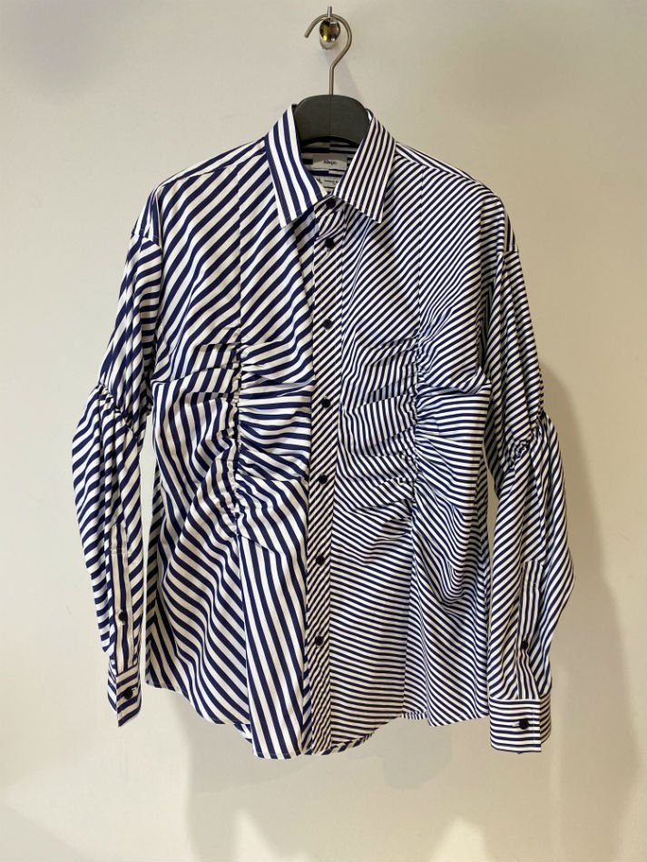ALLEGE<br />Gather Stripe Shirt / NAVY<img class='new_mark_img2' src='https://img.shop-pro.jp/img/new/icons47.gif' style='border:none;display:inline;margin:0px;padding:0px;width:auto;' />