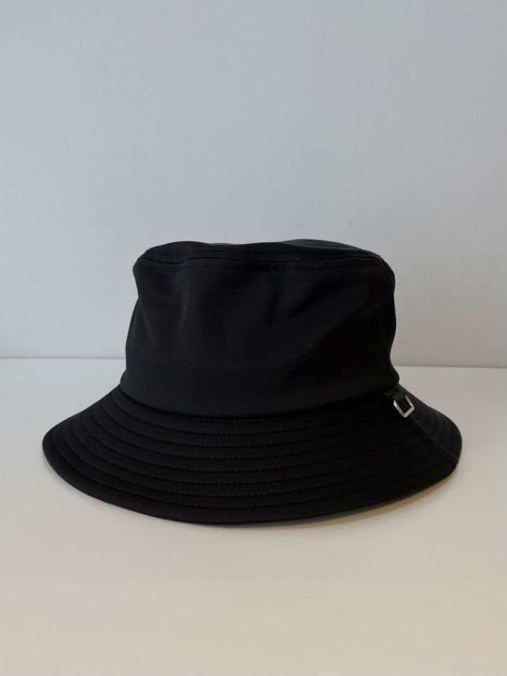 ALLEGE<br />Nylon Bucket Hat / BLACK<img class='new_mark_img2' src='//img.shop-pro.jp/img/new/icons14.gif' style='border:none;display:inline;margin:0px;padding:0px;width:auto;' />