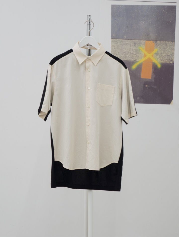 kudos<br />[30%off] BACK BAND SHIRT / IVORY<img class='new_mark_img2' src='https://img.shop-pro.jp/img/new/icons20.gif' style='border:none;display:inline;margin:0px;padding:0px;width:auto;' />