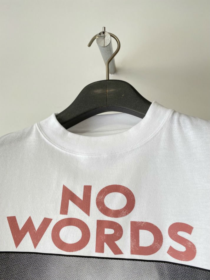 kudos<br />NO WORDS T-SHIRT / WHITE<img class='new_mark_img2' src='https://img.shop-pro.jp/img/new/icons14.gif' style='border:none;display:inline;margin:0px;padding:0px;width:auto;' />