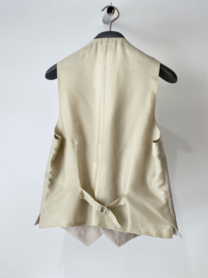ALLEGE<br />[40%off] Wool Linen Gilet / BEIGE<img class='new_mark_img2' src='https://img.shop-pro.jp/img/new/icons20.gif' style='border:none;display:inline;margin:0px;padding:0px;width:auto;' />