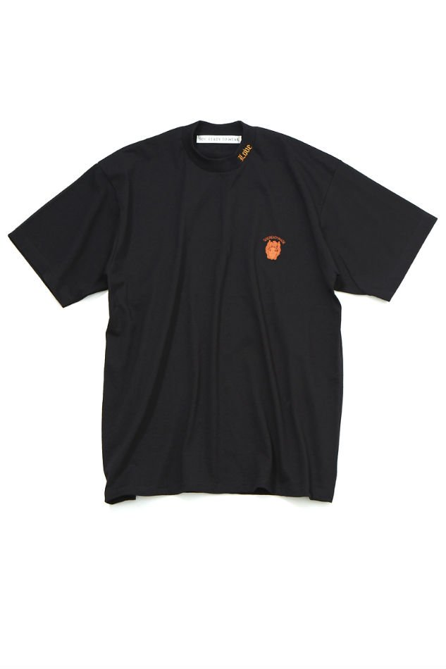 soe<br />Embroidered H/S T-Shirt / BLACK <img class='new_mark_img2' src='https://img.shop-pro.jp/img/new/icons47.gif' style='border:none;display:inline;margin:0px;padding:0px;width:auto;' />