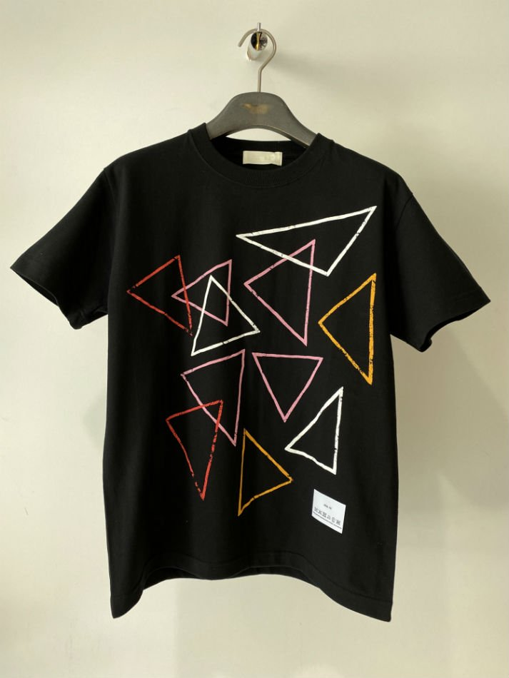 NEON SIGN<br />[50%off] BLACK GENERATION T-SHIRT / BLACK<img class='new_mark_img2' src='https://img.shop-pro.jp/img/new/icons20.gif' style='border:none;display:inline;margin:0px;padding:0px;width:auto;' />