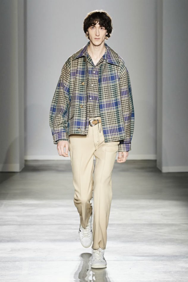 JieDa<br />CHECK OPEN COLLAR SHIRT / BEIGE <img class='new_mark_img2' src='https://img.shop-pro.jp/img/new/icons14.gif' style='border:none;display:inline;margin:0px;padding:0px;width:auto;' />