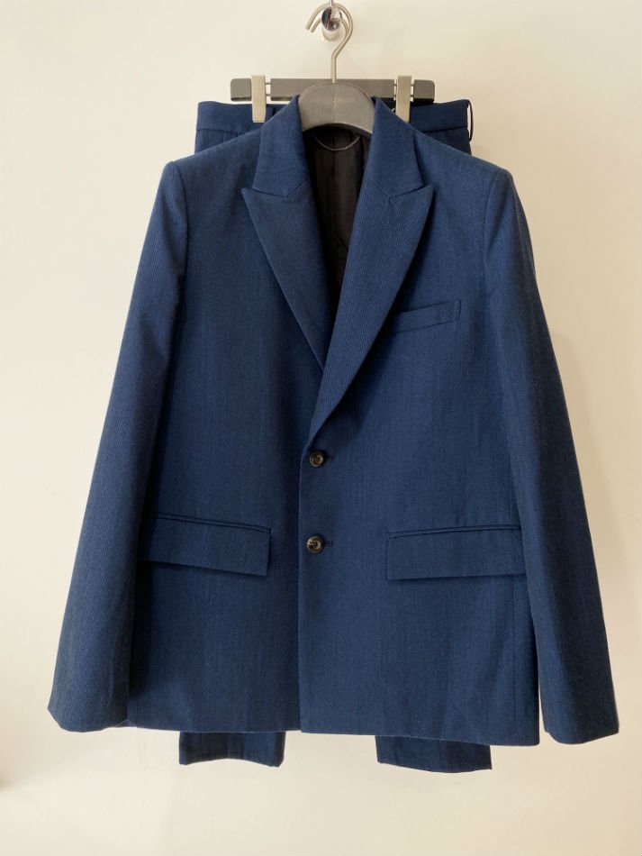 JieDa<br />GABARDINE TAILORED JACKET & TUCK SLACKS / BLUE
