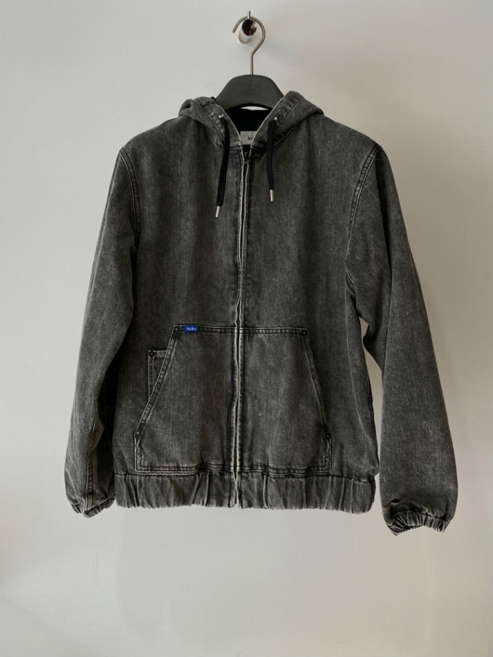 kudos<br />PLAY DENIM JACKET / GRAY <img class='new_mark_img2' src='https://img.shop-pro.jp/img/new/icons14.gif' style='border:none;display:inline;margin:0px;padding:0px;width:auto;' />