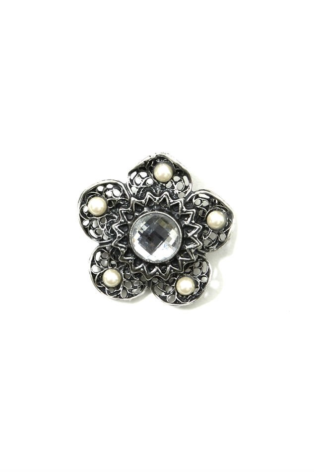 soe<br />Flower Brooch & Badges <img class='new_mark_img2' src='https://img.shop-pro.jp/img/new/icons14.gif' style='border:none;display:inline;margin:0px;padding:0px;width:auto;' />